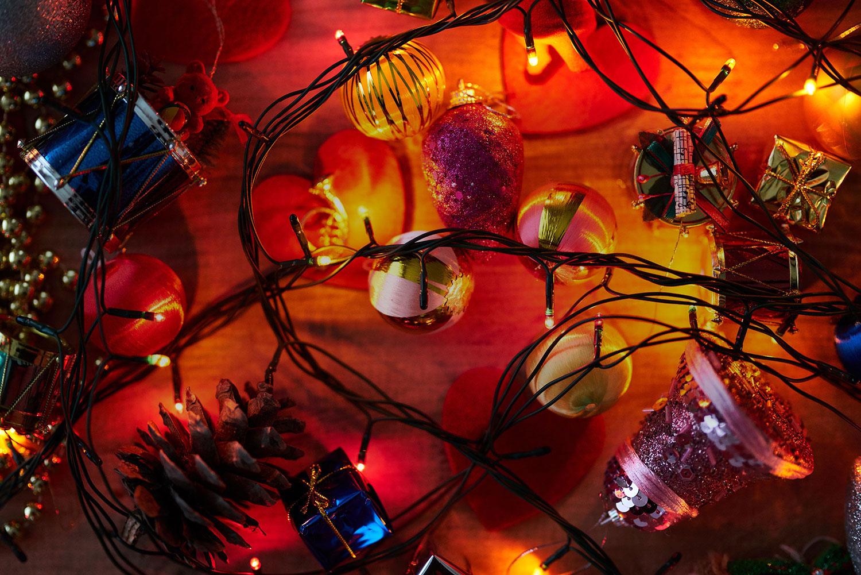 Joyeuses fêtes de fin d'année Auberge aux 2 Sapins Montricher